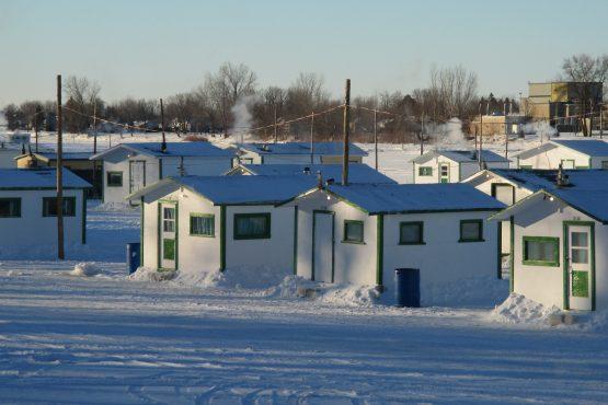 Cabanes de pêche hiver Ste-Anne