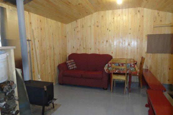Intérieur cabane de pêche Grimard petits poissons